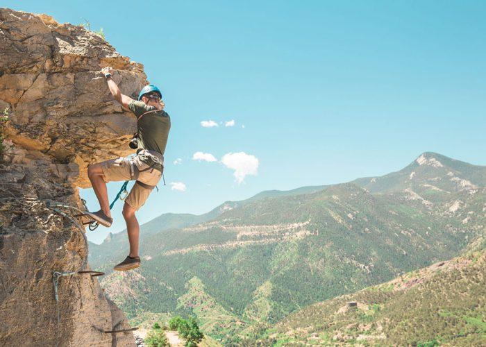 Cave-of-the-Winds-Via-Verrata-Climber